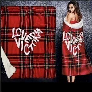 """Victorias Secret plaid cozy sherpa throw 50x60"""""""
